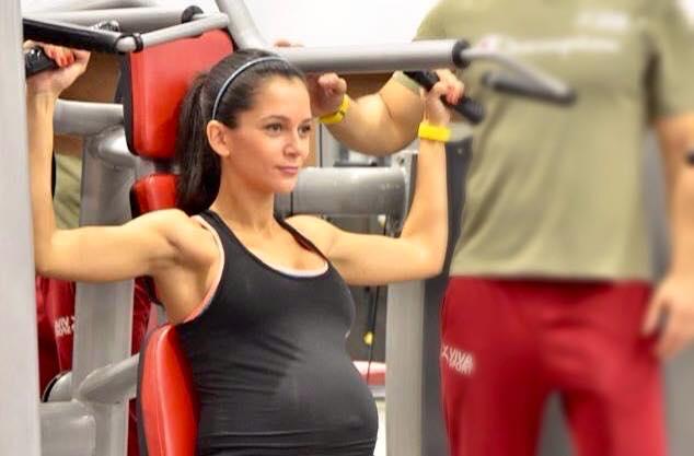 Ruxandra Luca, sport in sarcina, exercitii brate