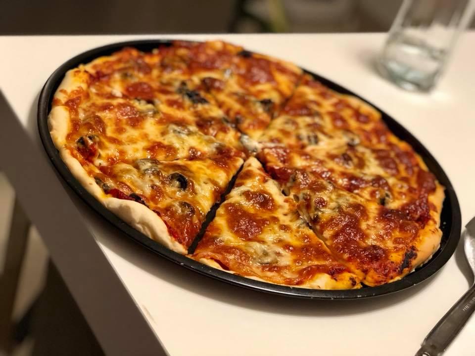 reteta de pizza delicioasa