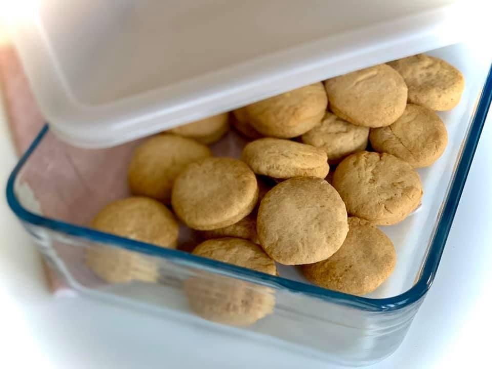 biscuiti simpli