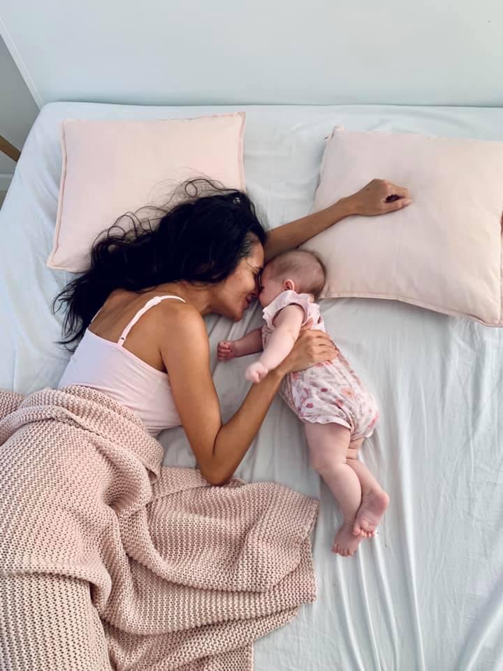 Iubesc diminețile cu fetița mea
